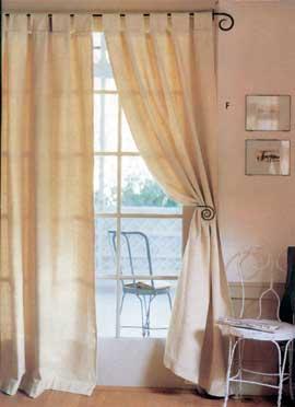 Bézs dekor klasszikus stílusban.