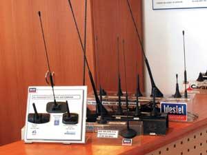 900 MHz-es gépkocsi mobilantennák