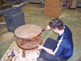 A lazúrozás meghagyja a fa eredeti mintázatát