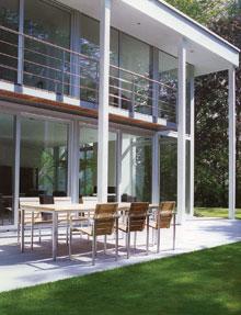 Modernista ház, modern bútorok