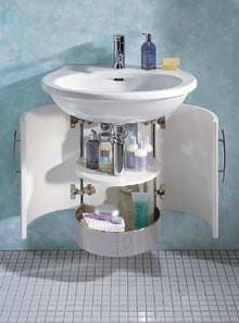A fürdőszoba stílusát sokkal inkább a benne lévő bútorok határozzák meg, mint a burkolatok
