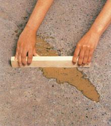 Az aljzat hibáit még kiegyenlítése előtt ki kell javítani