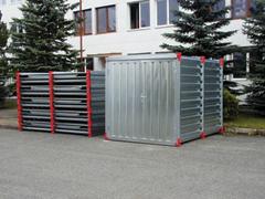 Lapra szerelhető konténerek