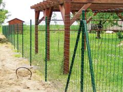 Fonatos kerítések telepítése képekben