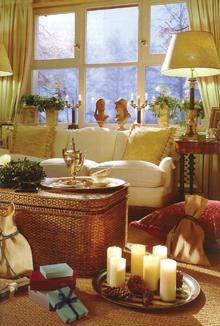 Puritán, visszafogott, de mégis nagyon meghitt, karácsonyi hangulatot árasztó szoba