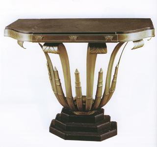 Öntött- és kovácsoltvas kombinációból létrehozott Art deco konzolasztal