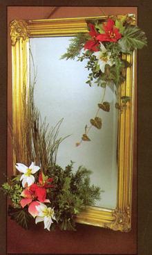 A tükör is kaphat mikulásvirág díszt