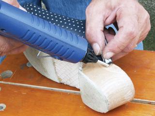 Az olvadó ragasztók a kis javításoknál is tartós kötést biztosítanak