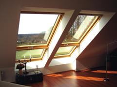 Tetőtéri ablakok-kombinációban