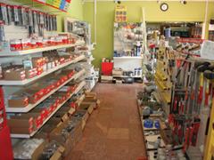 Ezermester boltok az országban - Belvárosi kihívás, barkácssarok Törökbálinton