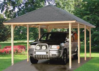 Nagyobb tetőhajlású kocsibeállóknál is előnyös a zsindelyfedés