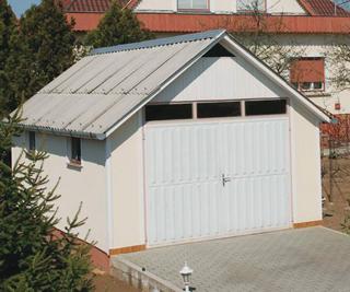 Nagyobb melléképületek tetőihez is jól hasznosíthatók a bitumenes hullámlemezek