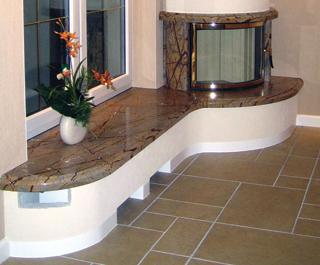 A belső kőburkolatoknál a gres- és kerámia lapoknál szokásos ragasztási technológia az általános