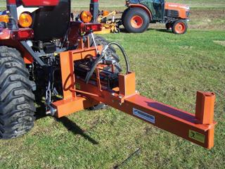 Bizonyos esetekben célszerű a traktor kardántengelyére kapcsolható típust választani