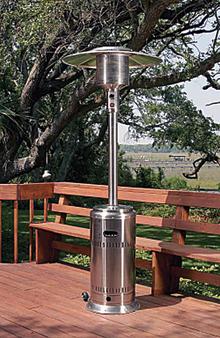 Egy 21 kg-os PB palackkal akár egy napig is üzemelhet a hőkandeláber