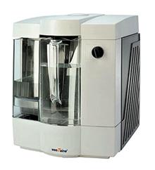 A hordozható víztisztító működéséhez 230 V-os feszültség szükséges