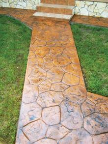 Szabálytalan mintázatú Stone Wall anyagú kültéri burkolat
